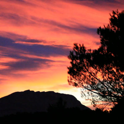 Sunset on the moutain Sainte Victoire